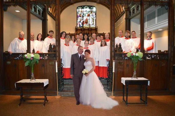 2014_08_Sophie_Dave_Choir4_602x400